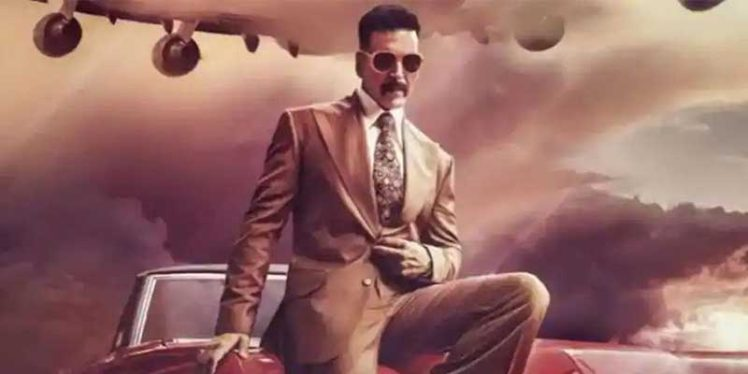 "Akshay Kumar plans ""Bellbottom"" shooting in August"